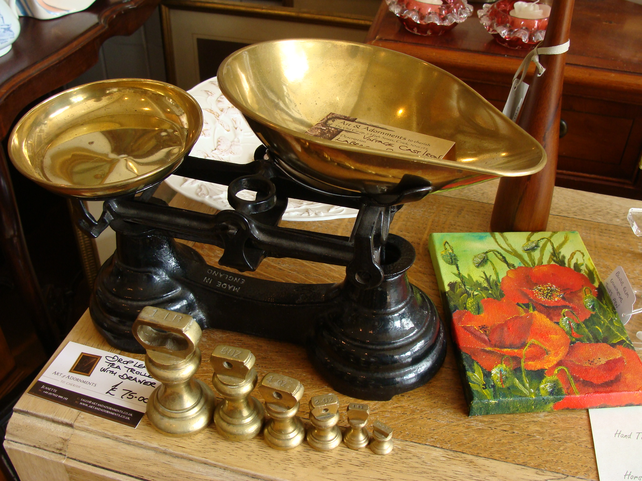 Old fashioned weighing scales | Art & Adornments